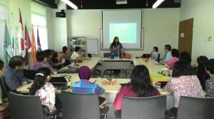 Ibu Cicillia Larasati memimpin Enabler Forum