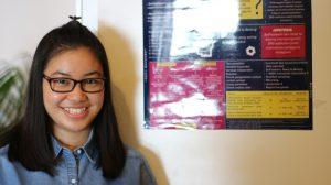Berlatih Presentasi Penelitian melalui Poster Exhibition