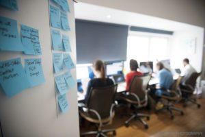 Stres di Tempat Kerja: Karyawan Juga Manusia